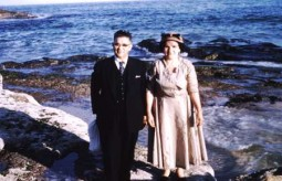 Peter & Ekaterini Zantiotis 1959