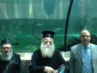 The Metropoliti of Kythera, father Petros and Mayor Koukoulis at Sydney Aquarium