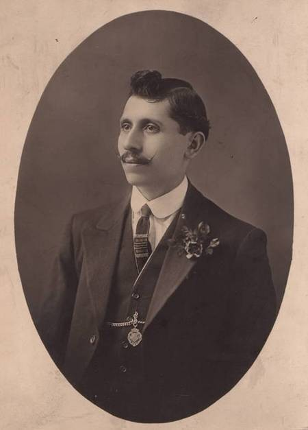 Dimitrios Aronis, Boston, circa 1919