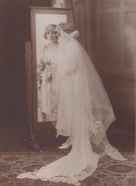 Studio photo of Theodora Lianos before her wedding,1925.