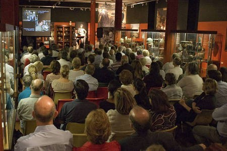Professor Robert Hannah, lecturing to a packed audience - Hannah packed house