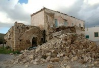 Earthquake of 8.1.2006 – ruins of a house in Mitata