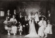 Mystery Wedding Group 1920s?
