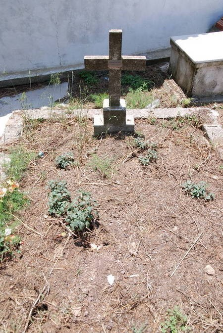 Stavros N. Kominos grave, Potamos (1 of 2)