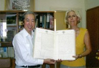 Sept 2008. (8) Toki Koizumi, the grandson of Lafcadio Hearn visits Kythera to pay homage to his grandparents.