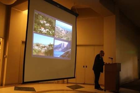 Dr. Timothy Gregory at Presenting a Powerpoint on The Archaeology of Kythera