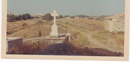 Theo Cominos and families Mothers grave
