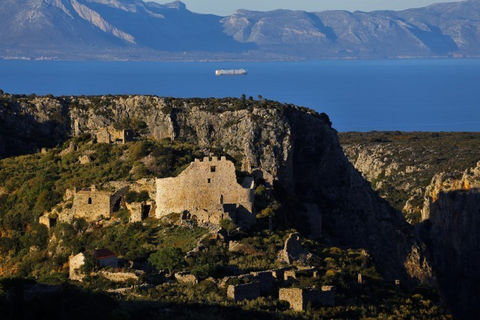 FOR VISITORS GOING  TO KYTHERA IN AUGUST ...
