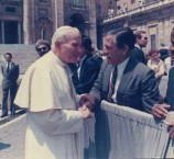 James Samios with the Pope