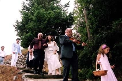 Maria and her father Peter walking to the church