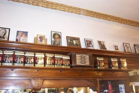 Paragon Cafe Katoomba - Photo gallery of the Simos family - untouched