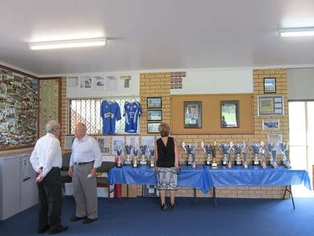 Awards and trophies to be present